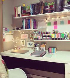 Girl Bedroom Designs, Room Ideas Bedroom, Bedroom Decor, Study Room Decor, Cute Room Decor, Aesthetic Room Decor, Home Room Design, Dream Rooms, Home Office Decor