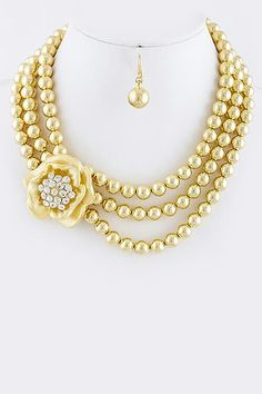 Color Pearls www.dazzyyaccessories.com
