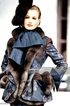 Karen Mulder walks the runway during the Dior Haute Couture show as part of Paris Fashion Week Spring/Summer 1992-1993 in January, 1992 in Paris, France.