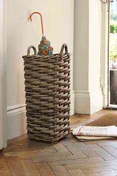 Rattan Square Umbrella Stand Grey - The Holding Company Newspaper Basket, Newspaper Crafts, Willow Weaving, Basket Weaving, Fishing Umbrella, Paper Weaving, Rattan Basket, Tall Basket, Upcycled Home Decor