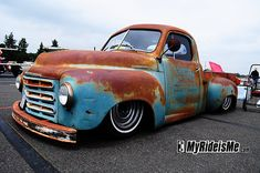 Now Im Contimplating this instead of the the 54 Chevy, Its a  Studebaker Pickup -Why a studebaker you ask, well its simple its an orphan car, (meaning the company is no longer doing business) Since I already have an AMC, I might as well stick with the Orphans right? hmmm - ANY THOUGHTS?? ANYONE??