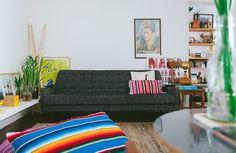 Esse apartamento alugado em São Paulo tem uma decoração diferente de tudo que você já viu. Confira e inspire-se com novas ideias.