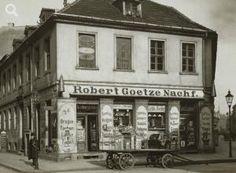 Scheunenviertel, Auguststraße (links) / Ecke Gipsstraße  (rechts), 1911