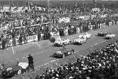 The start of the 1955 24 Hours of Le Mans. Car #26 is the Lance Macklin…