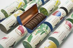 The Dieline Awards Fortnum & Mason - Chocolate Coated Biscuits- Together Design — The Dieline - Branding & Packaging Biscuits Packaging, Bakery Packaging, Cookie Packaging, Dessert Packaging, Food Packaging Design, Brand Packaging, Box Packaging, Branding Design, Product Packaging