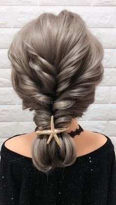 A hairstyle idea that suits your mother - Beliebt Haar Und Beauty Ponytail Hairstyles, Girl Hairstyles, Wedding Hairstyles, Gorgeous Hairstyles, Hairstyles Videos, Updos, Hair Upstyles, Long Hair Video, Hair Videos