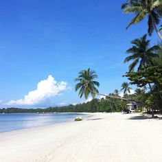 Bintan Island - Indonesia I wish to get lost in the shimmery sand and crystalline water ...