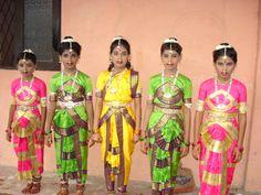 Sri Lankan girls in traditional dress.