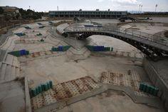 Le centre de canoë-kayak abandonné dans le complexe d'Hellenikon, le 16 juillet 2014.