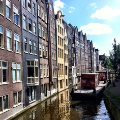 'The beautiful canals of Amsterdam' by jrnachtigal
