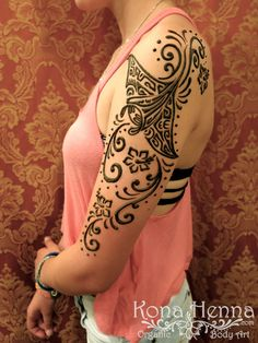 Kona Henna Studio - Manta Ray on the arm with fun swirlys!