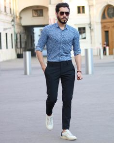 75 Stylish Men Casual Outfit to Wear Everyday - Beautifus Formal Dresses For Men, Formal Men Outfit, Formal Shirts For Men, Semi Formal Outfits, Men Formal, Business Casual Outfits For Work, Business Casual Men, Men Casual, Smart Casual