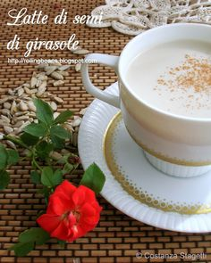 Homemade sunflower seeds milk Come fare il latte di  semi di girasole #ricette