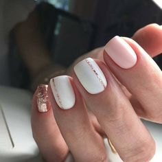 Pink And Rose Gold Glitter Nails. Pink And White Nails. Pink And Rose Gold Glitter Nails. Pink And White Nails. Cute Spring Nails, Spring Nail Art, Nail Designs Spring, Acrylic Spring Nails, Short Nails Acrylic, Short Acrylics, Glittery Nails, Glitter Wine, Sparkle Nails
