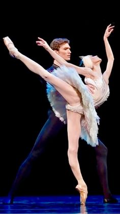 Lucia Lacarra and Marlon Dino-Swan Lake-De Pinterest