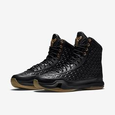 Looking more like something staunch from Brand Black than a Swooshed-out Kobe sneak, this latest iteration of the Kobe X lines up today as a high-cut mean machine. Ready for the streetball concrete or just … Latest Sneakers, New Sneakers, Sneakers Fashion, Sneakers Nike, Black Nike Shoes, Black Boots, Gold Sneakers, All Black Sneakers, Futuristic Shoes