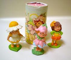 1983 Avon Scamper Lily, Little Blossom & Daisy Dreamer Flower Figurines Vintage Avon, Vintage Toys, Avon Collectibles, Pink Pumpkins, 80s Kids, Oldies But Goodies, Spring Blossom, My Childhood Memories, My Memory