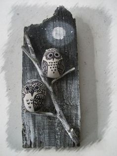 Fun Unique Craft Projects To Try Pebble Painting, Pebble Art, Stone Painting, Crafts To Make, Arts And Crafts, Art Pierre, Rock And Pebbles, Rock Painting Designs, Owl Crafts