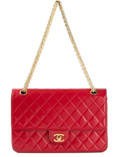 #CHANEL VINTAGE red quilted shoulder bag