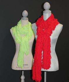 Ruffle fabric scarves in holiday colors is the perfect Christmas gift! They take 20 minutes to make, so you can easily whip up a bunch for everyone on your list!