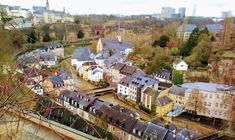 Discover the World: PARAGEM EM LUXEMBURGO Exterior, Mansions, House Styles, Playground, Rooftops, Sheds, Places, City, Viajes