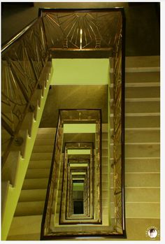 Aswan - Sofitel  - Old Cataract - Golden decorated stairs