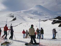 Centro de Ski Volcán Osorno - Chile (Puerto Montt - Puerto Varas) Mount Rainier, Mountains, Nature, Travel, Dreams, Winter Vacations, Wonderful Places, Volcanoes, Adventure