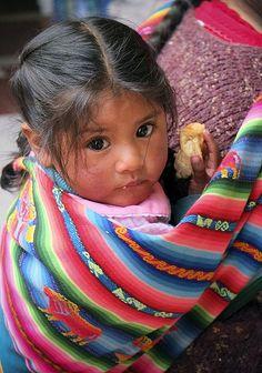Baby girl in Pisac Market, Sacred Valley, Peru Little Children, Precious Children, Beautiful Children, Beautiful Babies, Beautiful World, Little Girls, Kids Around The World, We Are The World, People Around The World