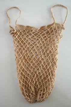 DMMU: Gratis haakpatroon: Boodschappen-netje! Diy Crochet And Knitting, Free Crochet, Diy Bags Purses, Market Bag, Knitted Bags, Lana, Crochet Projects, Needlework, Crochet Patterns