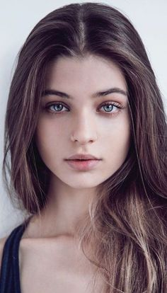- let it be - Portrait Photography Inspiration : Magdalena Zalejska Photography Women, Amazing Photography, Portrait Photography, Photography Magazine, Beautiful Woman Photography, Foto Portrait, Female Portrait, Girl Face, Woman Face