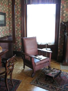 Morris chair, Conrad-Caldwell House, Louisville, Kentucky.