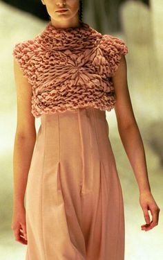 Blush Dress with beautifully manipulated fabric texture - textile surface creation, Alexander McQueen. Alexander Mcqueen, Knit Fashion, High Fashion, Womens Fashion, Mode Crochet, Style Outfits, Fashion Details, Fashion Design, Blush Dresses