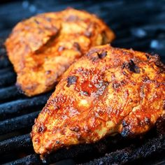 Chili Lime, Halloumi, Tandoori Chicken, Curry, Meat, Ethnic Recipes, Food, Chili Con Carne, Red Peppers