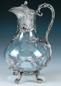 Pewter and Crystal Wine Decanter Antique Glass, Antique Silver, Muebles Estilo Art Nouveau, Wine Glass, Glass Art, Bohemia Crystal, Silver Tea Set, Crystal Glassware, Art Nouveau Design