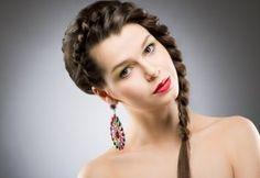 Comienza a preparar tu look para la cena de fin de año, ¿te gusta este peinado?