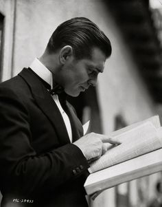 Clark Gable (c1933) He looks like a 2012 GQ model here ... completely up to the minute amazing and handsome.