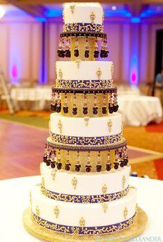 Wedding wonder - the multiple tier cakes