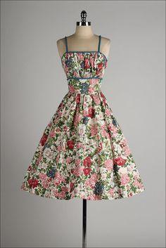 vintage 1950s dress . colorful floral cotton