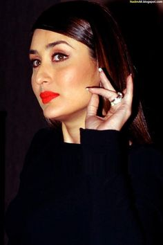 Kareena Kapoor book launch 2013 Kareena Kapoor Pics, Deepika Padukone, Ashok Chopra, Saqib Saleem, Karena Kapoor, Amrita Rao, Randeep Hooda, Anthology Film, Actress Priyanka Chopra