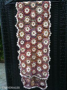 Sophie Digard Det smukkeste tørklæde - str. ca. 28x132 cm - multi se billede Textile Artists, Second Hand, Crochet Scarves, Textiles, Detail, Crafts, Color, Inspiration, Collection