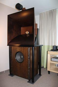 The Sato Formula - Sandgefülltes Tiefmitten Schneckenhorn - LignoLab Audio Equipment