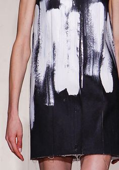 Brushed on bleach t-shirt refashion - inspiration from Maison Martin Margiela Couture Spring 2013