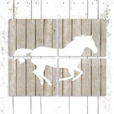 Cadres en bois (4) ornés d'une silouhette de cheval