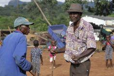 La Caja de Pandora: Adultos mayores en África están atrapados en la po...