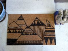 DIY ~ Geometric Mountain Doormat