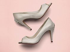 71e653dfd7377 Natala  Add something a bit different to your look with the sleek peep toe  in