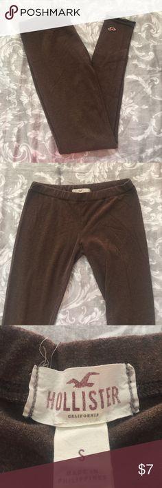 Hollister leggings Plain brown Hollister leggings. Super soft! Hollister Pants Leggings