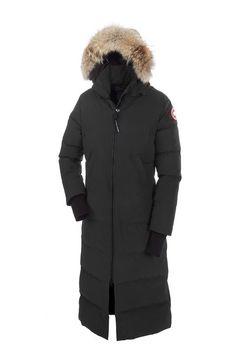 Canada Goose MYSTIQUE PARKA Femme – Noir. Protection pleine longueur qui est populaire sur les plateaux de tournage et les rues de la ville.