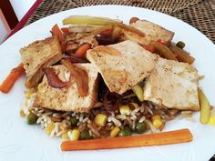 Egy finom Kínai tofu pirított rizzsel ebédre vagy vacsorára? Kínai tofu pirított rizzsel Receptek a Mindmegette.hu Recept gyűjteményében! China Food, Seitan, Tofu, Tacos, Cheese, Ethnic Recipes, Recipes, Chinese Food