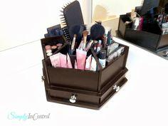 Apartment Bathroom Makeover and Organization - Makeup